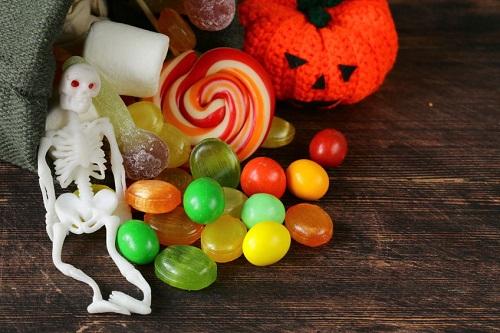 surprinzator Halloween
